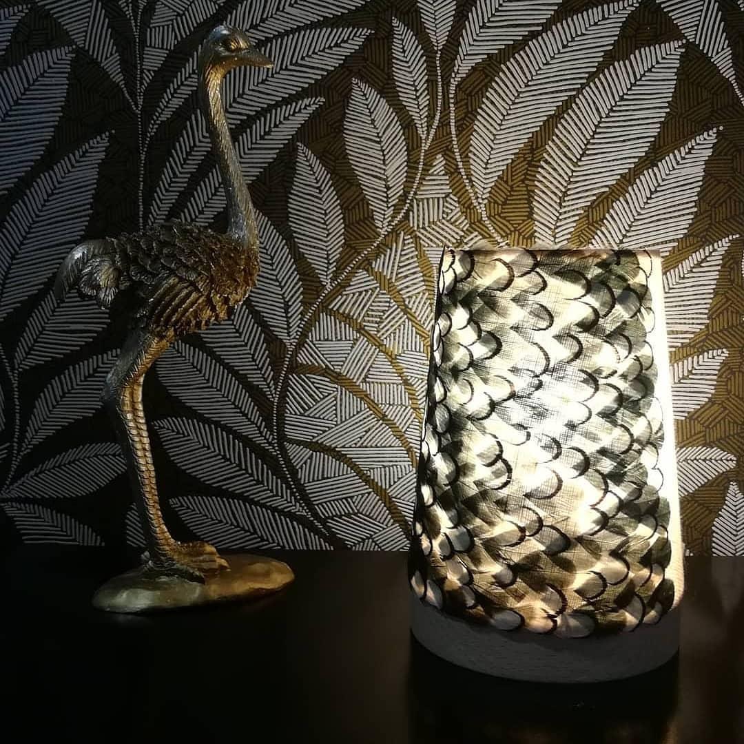 Modèle petit de la collection micro capsule des lampes Thelma